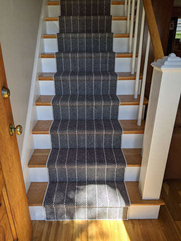Couristan Stair Runners Addington 6251-0002 Charcoal Herringbone Wool Assorted Products