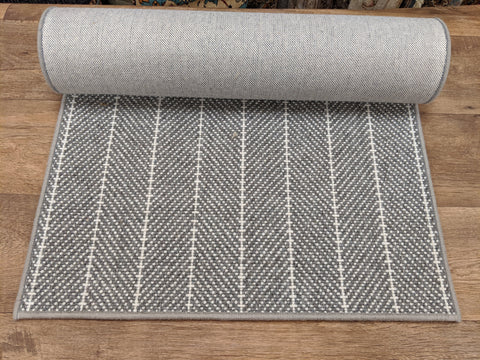 Couristan Stair Runners Addington 6251-0004 DK Grey Herringbone Wool Assorted Products