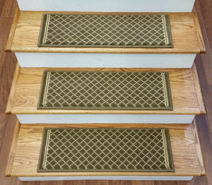Natco Home Stair Treads Stair Treads 2028 Green 33in x 9in Set of 13 With Pads