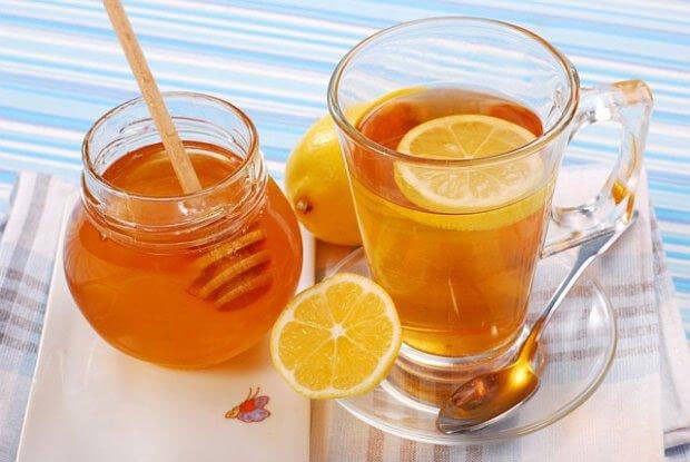 What are the benefits of lemon tea with honey?