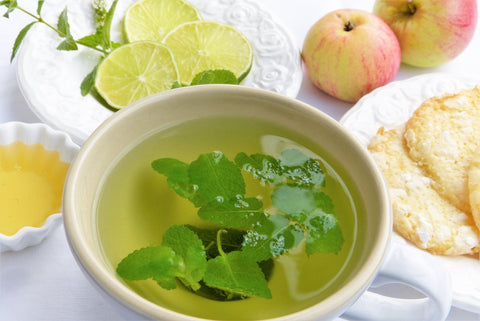Hot Lemon Tea with Mint