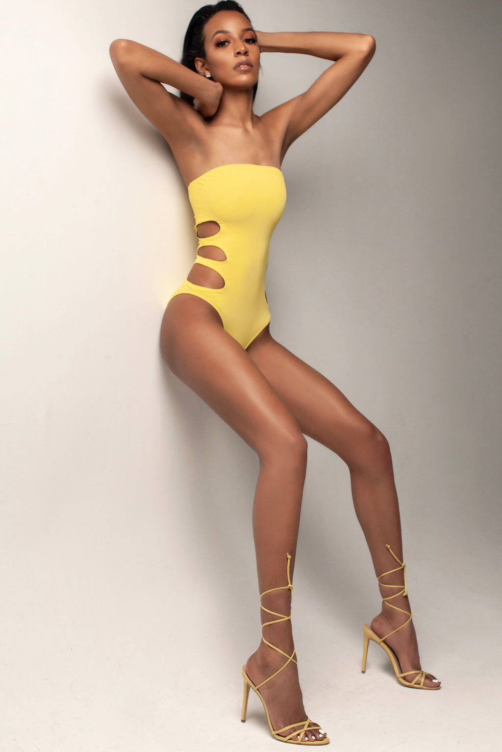 Chloe One Piece: Yellow