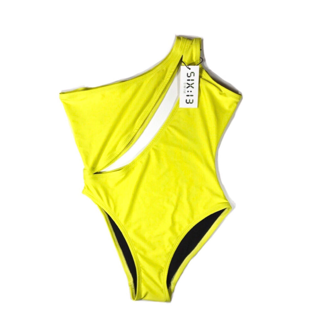 Ava One Piece: Yellow