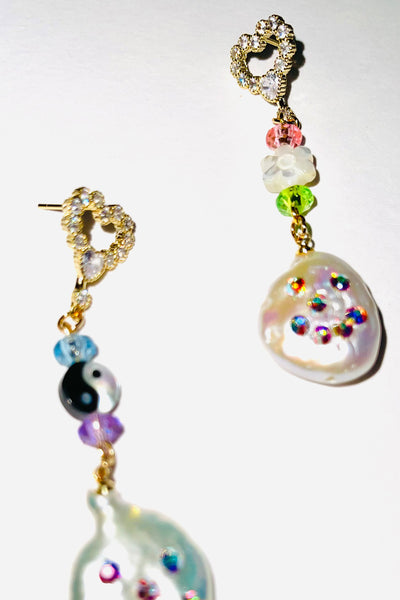 PEARL PEOPLE EARRINGS
