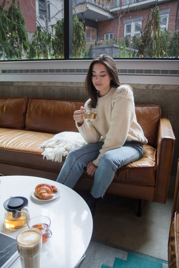 Sasha-Mei-Blogger-at-cafe-osmo-wearing-the-bienville-sweater
