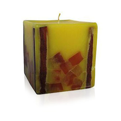 Aroma Candle with Cinnamon Essential Oil