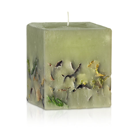 candle with patchouli essential oil