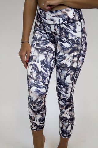 Black Abstract Capri Legging - Activewear