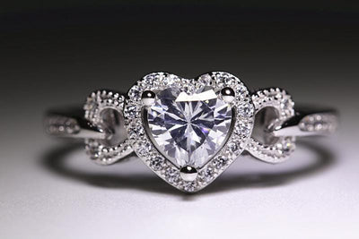ATMR6 925 Sterling Silver Heart CZ Ring