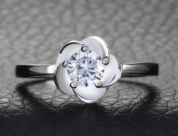 BDAK8 925 Sterling Silver Flower CZ Ring