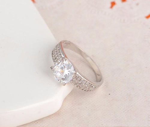EBDRV7WO Platinum Plated Round CZ Ring
