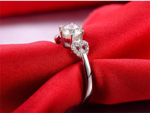 IBYVA4JT Platinum Plated Heart CZ Ring