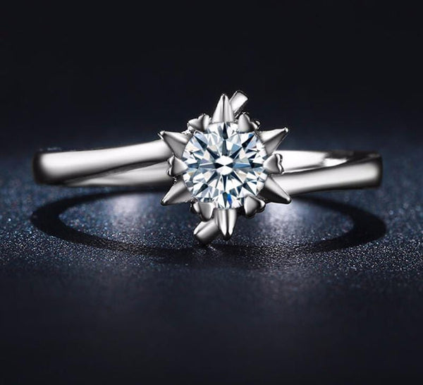 IFHPK0RN White Gold Plated Star CZ Ring