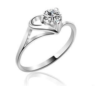 LAC8JTA0 Silver Plated Heart CZ Ring