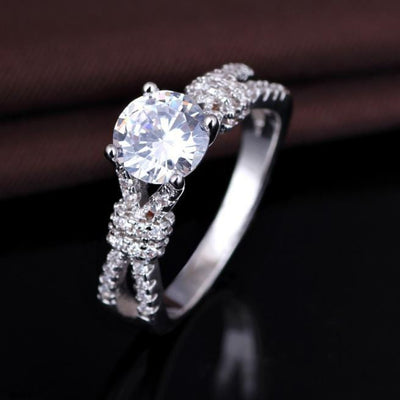 O52T15P9 925 Sterling Silver AAA CZ Ring