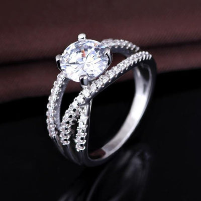 O8E2156W 925 Sterling Silver AAA CZ Ring