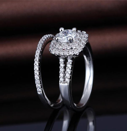 PI7DHG5K White Gold Plated CZ Ring Set