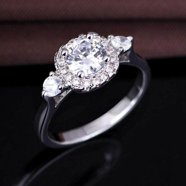 Q0X9RM1C White Gold Plated AAA CZ Ring