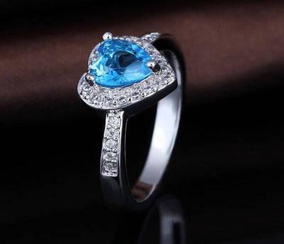 Q4U0D6TY White Gold Plated Blue Heart AAA CZ Ring