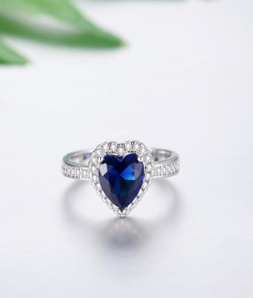 TWYMFV6R White Gold Plated Blue Heart CZ Ring