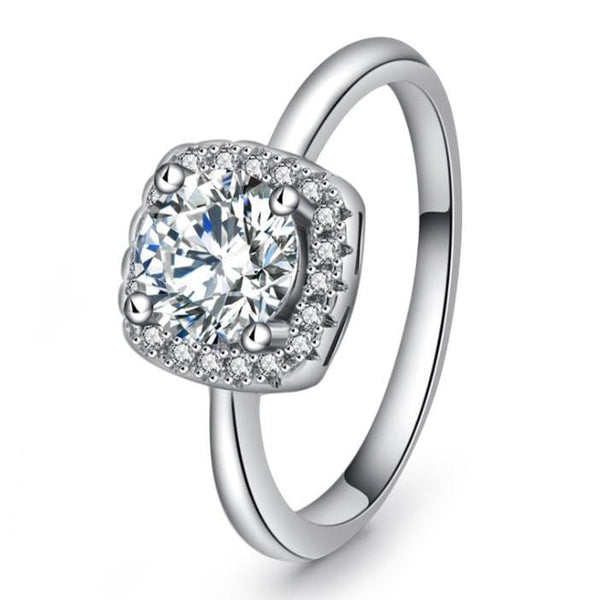 VCCQYQ6F White Gold Plated CZ Ring