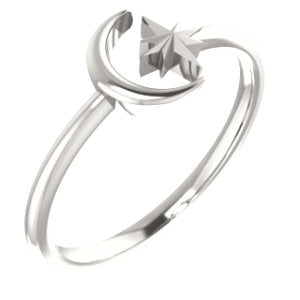 Moon & Star Ring (Available in sizes 4-7) - Sterling Silver