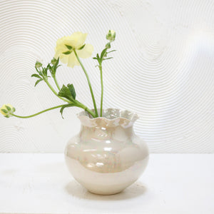 Mother of Pearl Vase 01