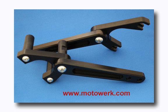 Highway Peg Mounts V650LT