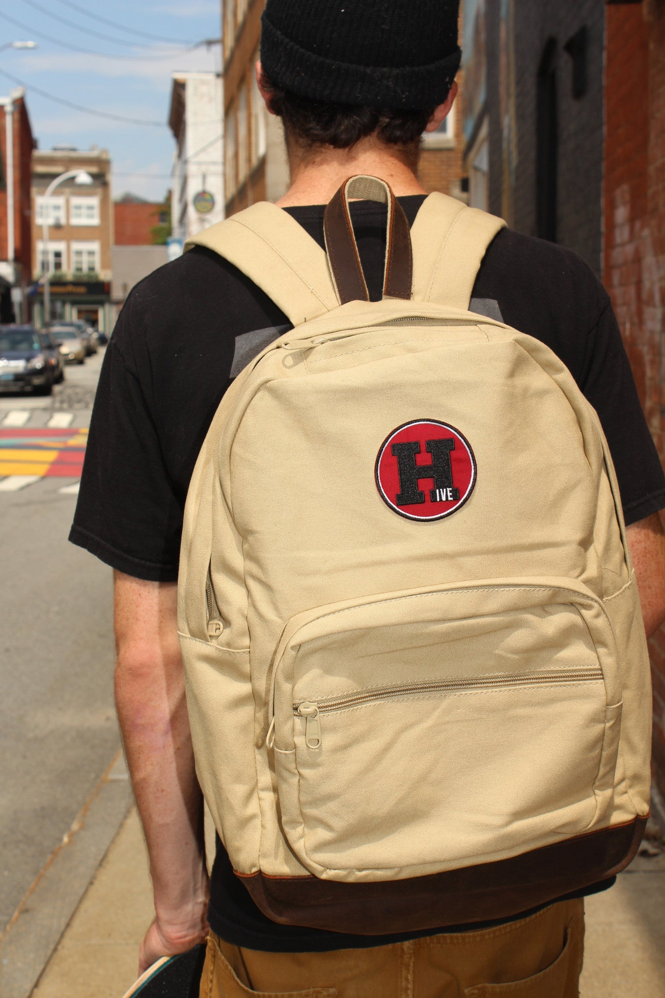 HIVE Teardrop Backpack Release