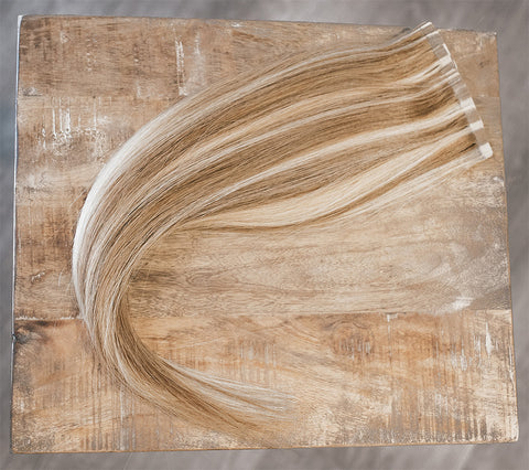 "18"" Tape-In Classic #10/22 (Dark Blonde/Blonde)"