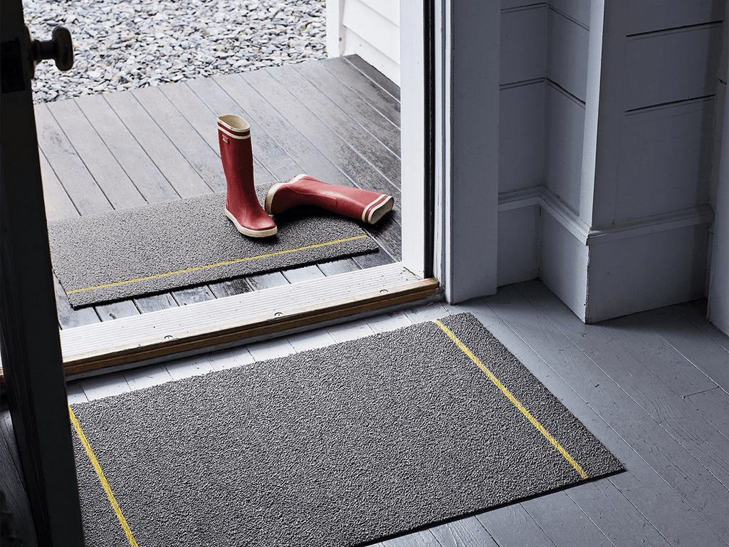 Simple Stripe Mat in Grey/Citron