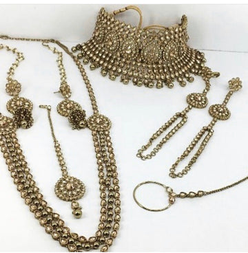 Laaza Antique Gold Bridal Jewellery Set