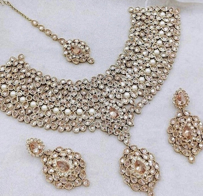 Gauraz Bridal Jewellery Set