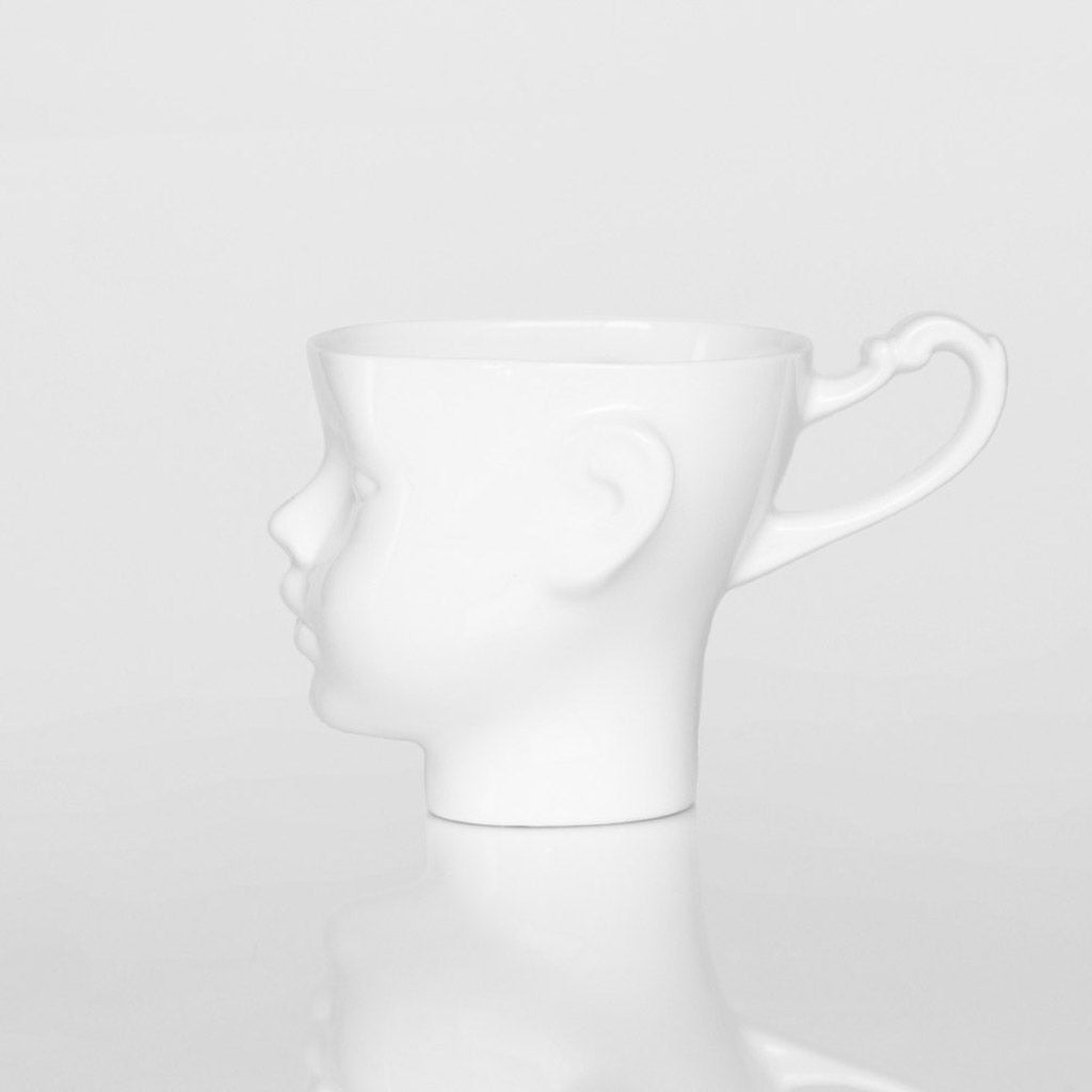 DOLL HEAD mug in white - Decoriia