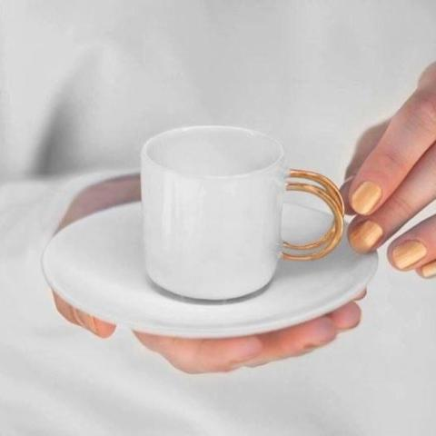 Espresso cup with golden handle - Decoriia