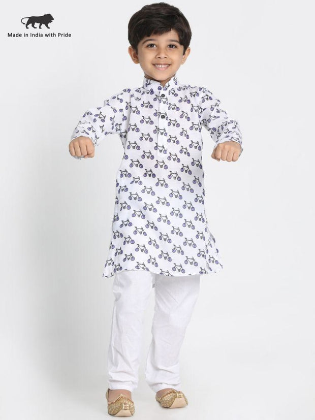 This decent cotton printed kurta introduces cuteness