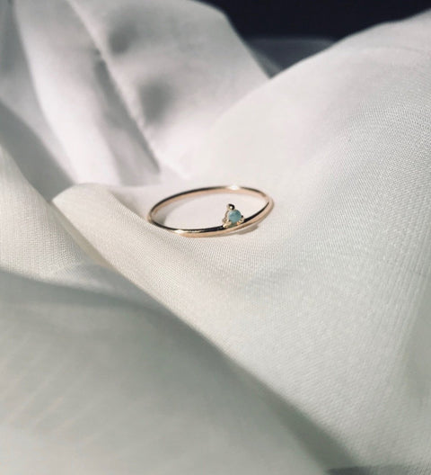 One-Step Opal Ring / Gold