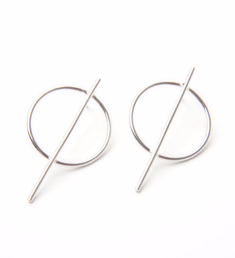 Circle Line Earrings / Silver
