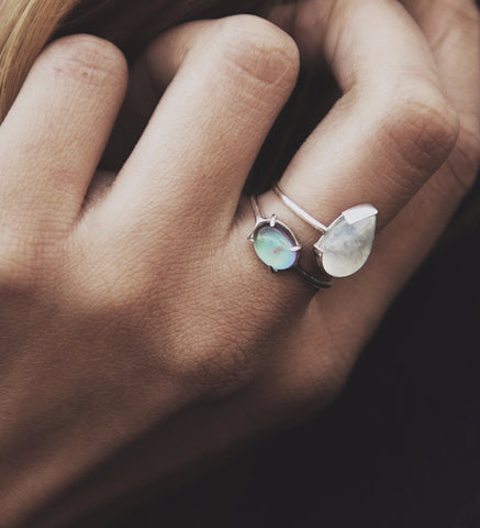 Moonstone Teardrop Ring / Silver