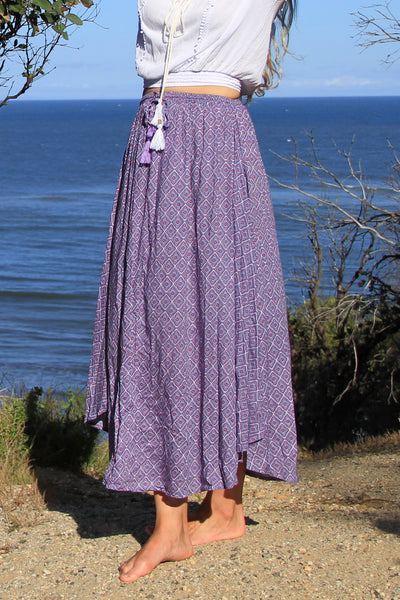 Flamingo Skirt Amethyst Jewel