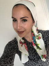 Load image into Gallery viewer, Floral Sparkle Headscarf