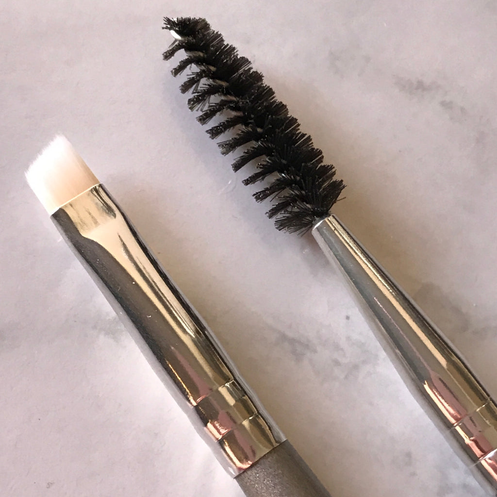 LE1 DUAL ENDED BROW AND LASH BRUSH