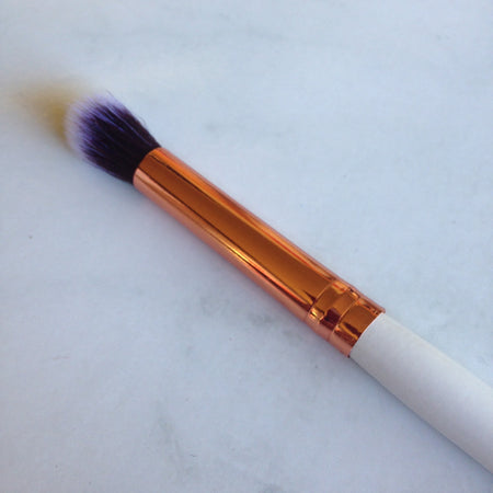 720 FLUFFY POWDER BRUSH