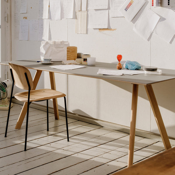 Copenhague Table with Soft Edge Chair