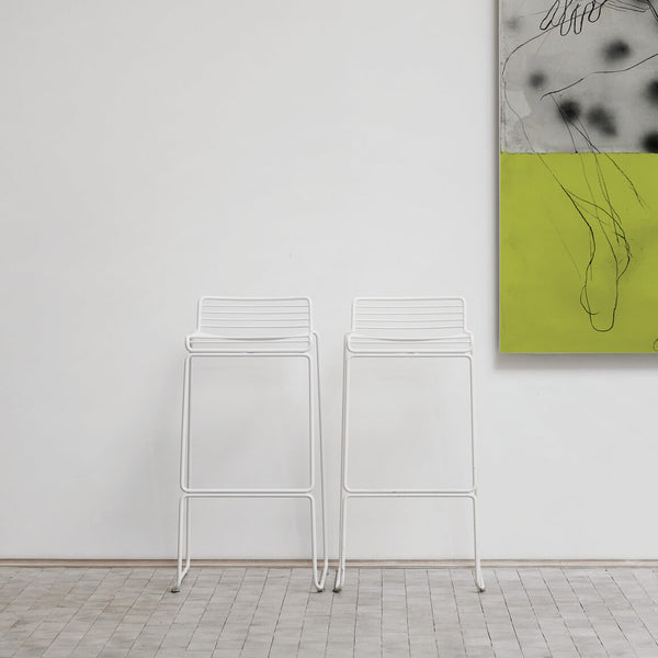Hee Bar Stool White