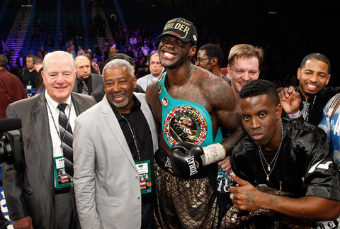 Deontay Wilder wins World Title