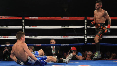 Linares knocks down Campbell