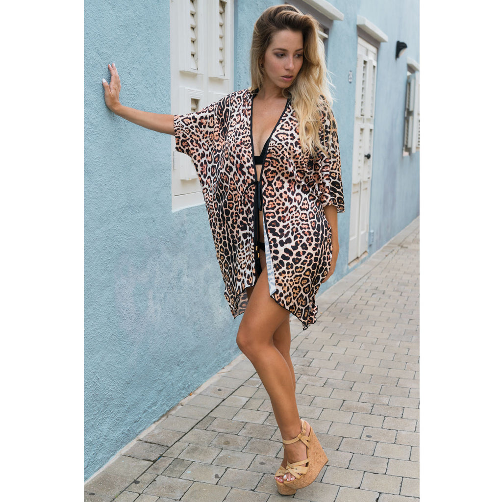 Cover-Ups, Short Kimono with Beautiful Leopard Print in Silk, Thalassa Boom Resort Wear