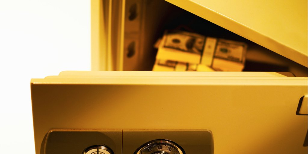 WHAT ARE THE DIFFERENT TYPES OF SAFES AVAILABLE FOR A BUSINESS?