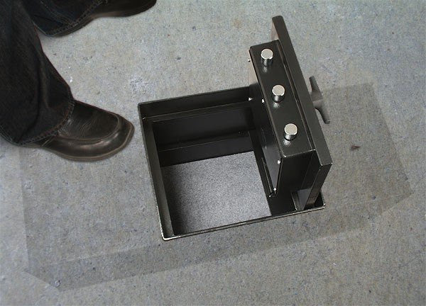 AMSEC B2200 Square Door Floor Safe